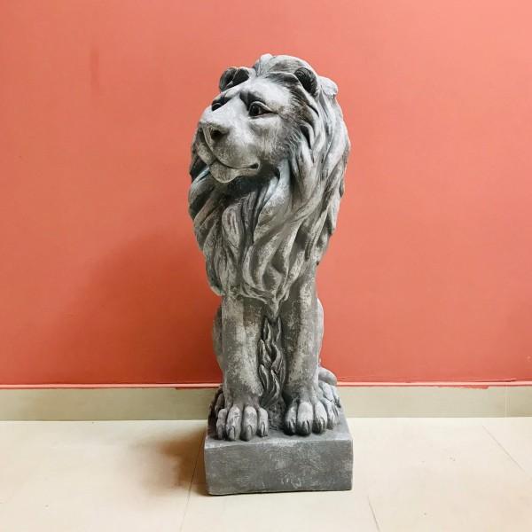 Голяма фигура - Лъв (десен)