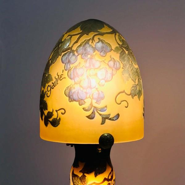 Настолна лампа - Пролетен цвят