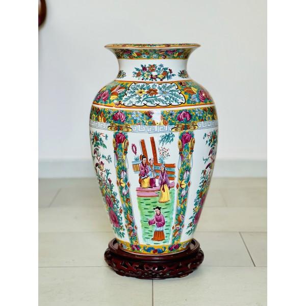 Тумбеста китайска ваза с поставка